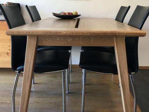 Table en chêne 4 personnes